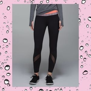 Lululemon Black Zipper Pockets Luxtreme Leggings 6